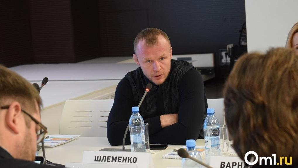 Омский боец Шлеменко раскритиковал извинение Харитонова после драки