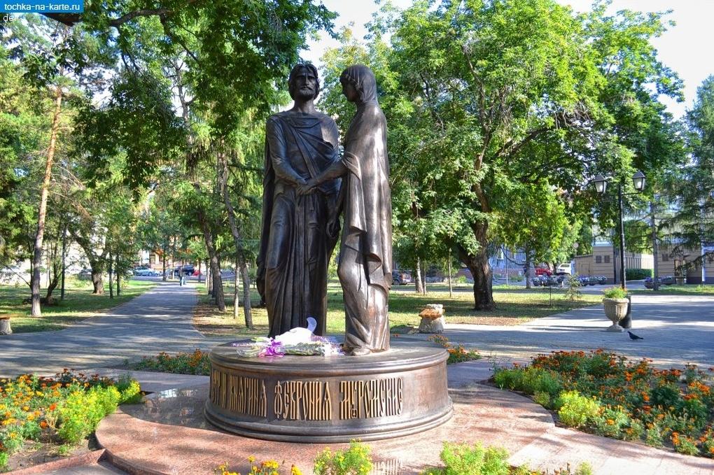 Омские волонтеры создают энциклопедию с историческими памятниками города