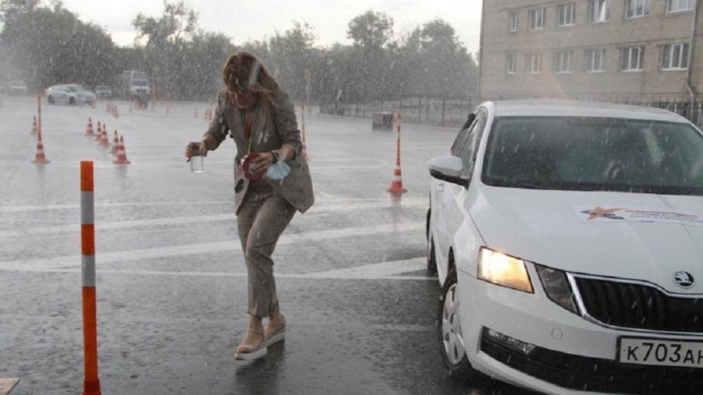 Власти Новосибирска взялись за «протечку» ливневой канализации под Димитровским мостом