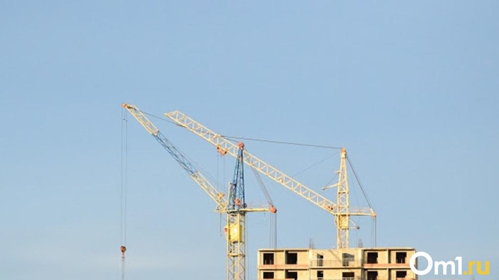 «Проект приоритетный». Омский губернатор рассказал о новом отеле на проспекте Мира