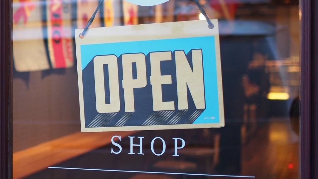 Список товаров первой необходимости утвержден! В Омске открываются закрытые на карантин магазины
