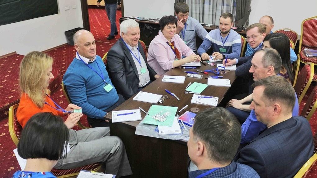 Развитие электросетевого комплекса АО «РЭС» обсудили на масштабной стратегической сессии
