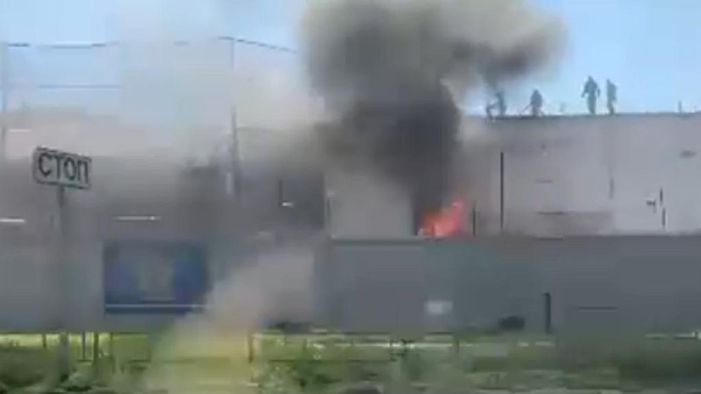 В Омске загорелась колония №6 (ВИДЕО)