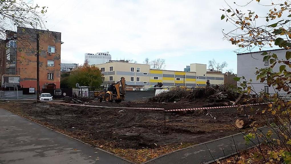 Новосибирскому застройщику запретили возводить бизнес-центр рядом с лицеем «Надежда Сибири»