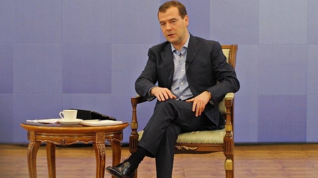 Дмитрий Медведев заявил, что следующие 6 лет будут сложными для экономики. Три причины
