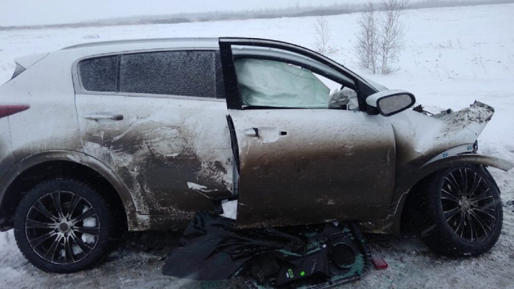 Под Новосибирском фура угробила водителя легкового автомобиля
