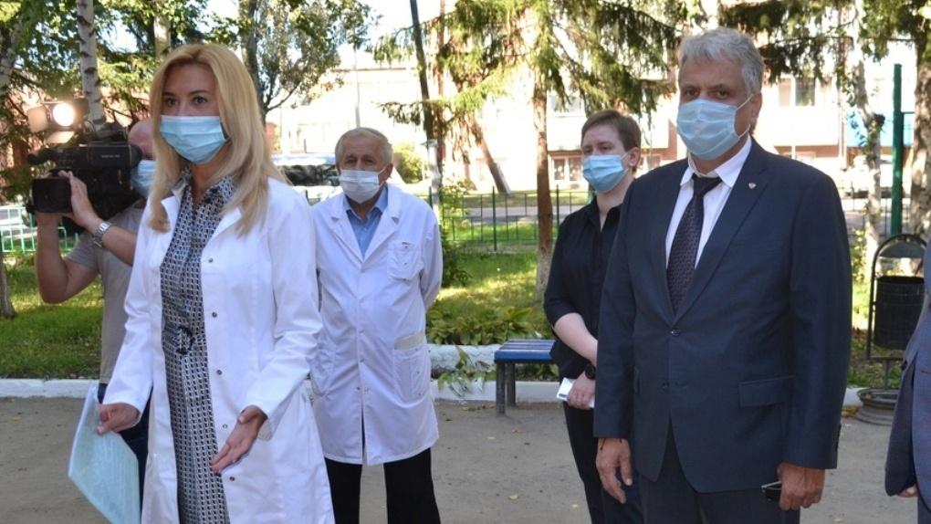 Скандально известную больницу в Горьковском районе Омской области возглавил крымский врач