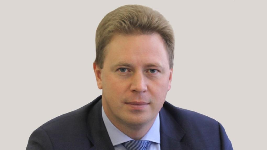 «Долбанулись!» Федеральный чиновник из Омска устроил нецензурный скандал в аэропорту