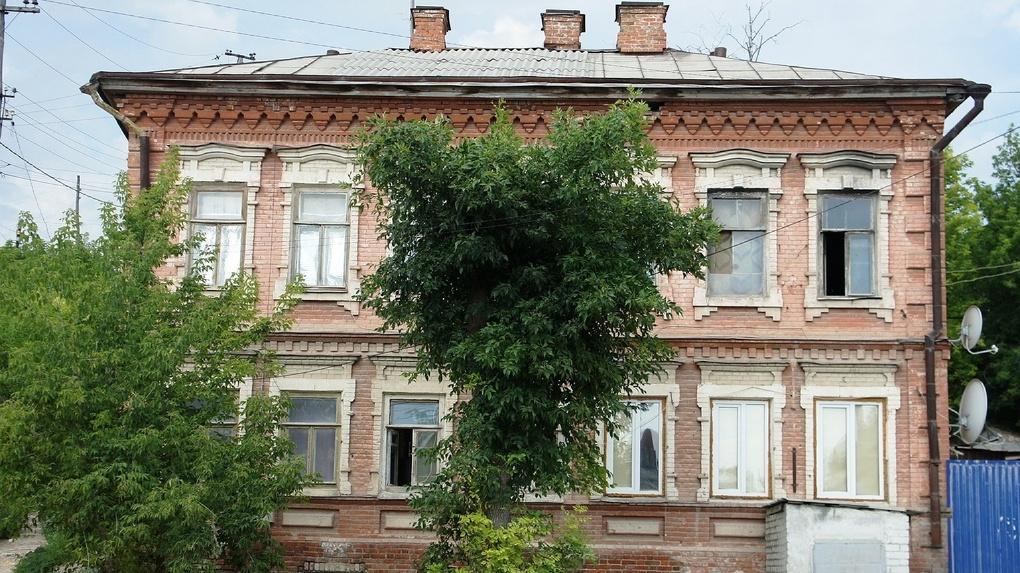 Бизнесу в Омске разрешили брать в льготную аренду памятники культуры