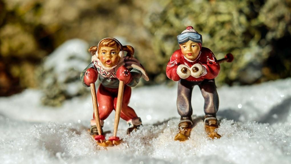 Скорость, снег и палки: где в Омске покататься на лыжах?