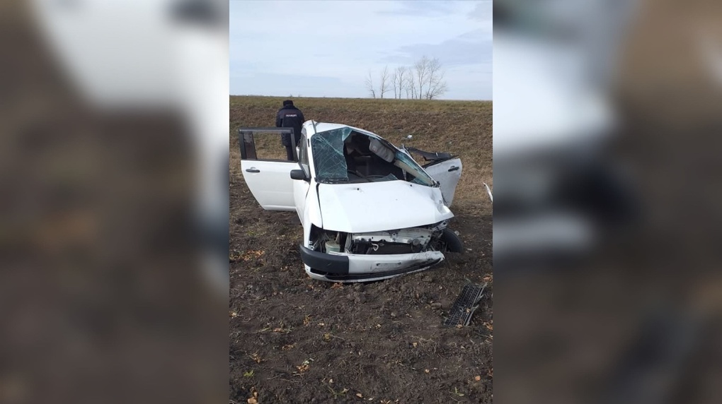 Омич, чуть не угробивший четырёх пассажиров, совершил ДТП на угнанном автомобиле