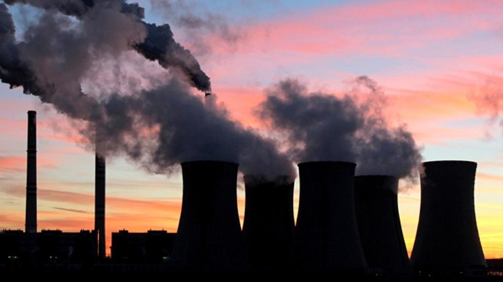 Омск вновь накрывает запах «химии»