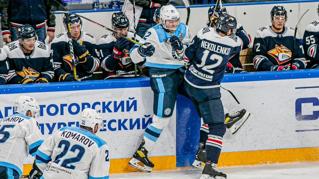 Новосибирские хоккеисты проиграли магнитогорскому «Металлургу» со счётом 2:3