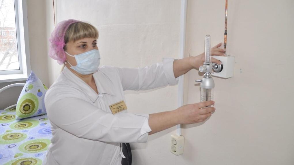 В районах Омской области продолжают создавать коечный фонд под «ковидных» больных