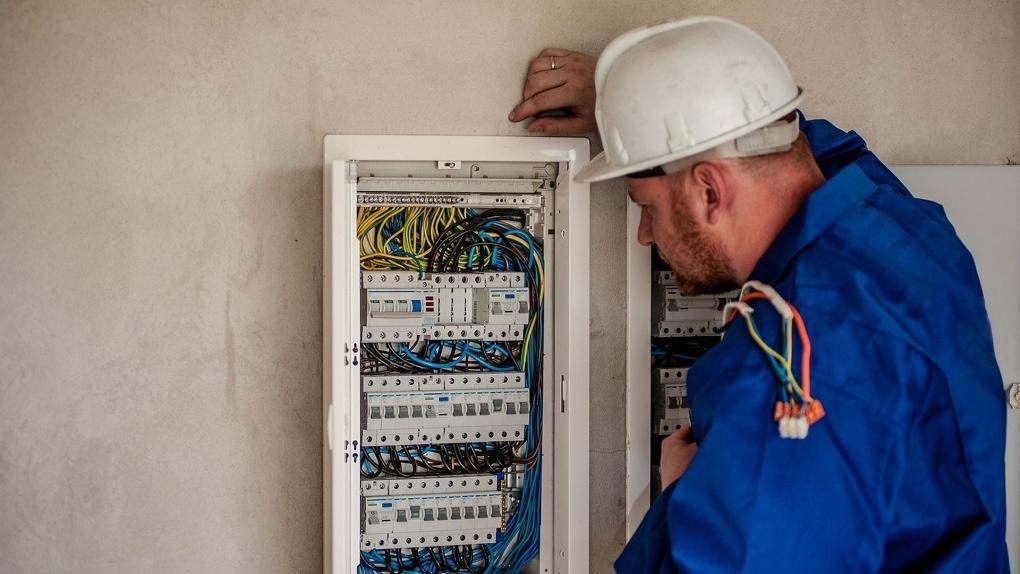 Больше 400 домов Новосибирска остались без электричества