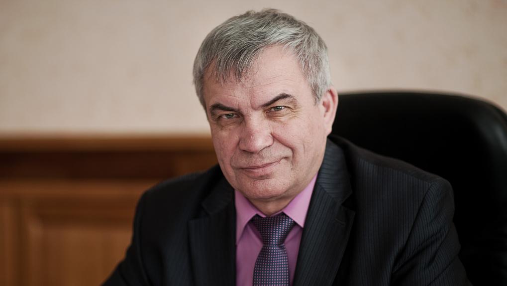 Ректор НГУ примет участие в выборах в Заксобрание региона