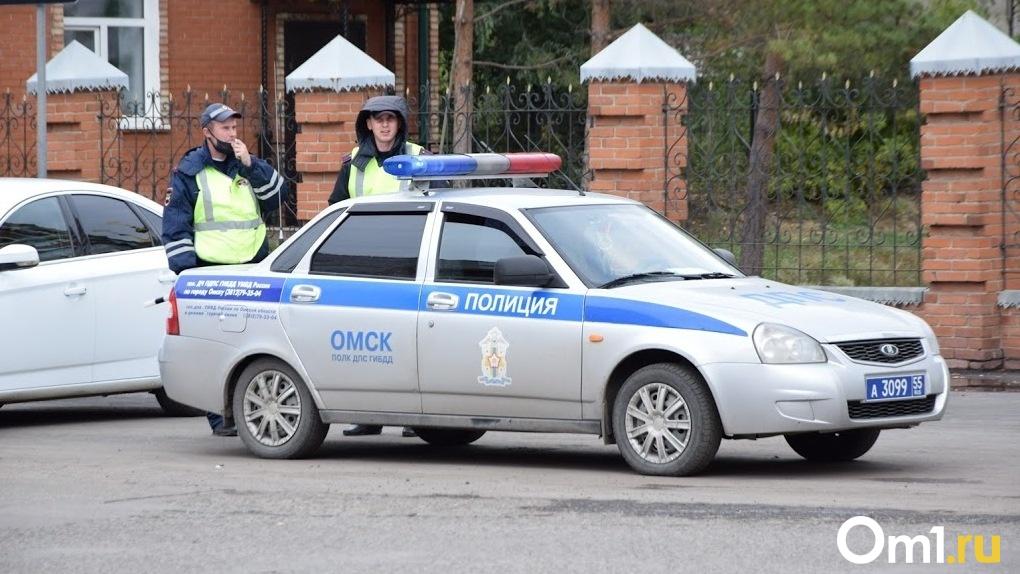С 1 ноября омским водителям прекратят выдавать бумажные ПТС