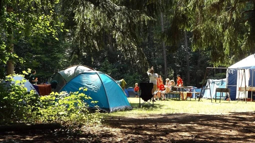 Стало известно, как будут работать детские летние лагеря в Омской области