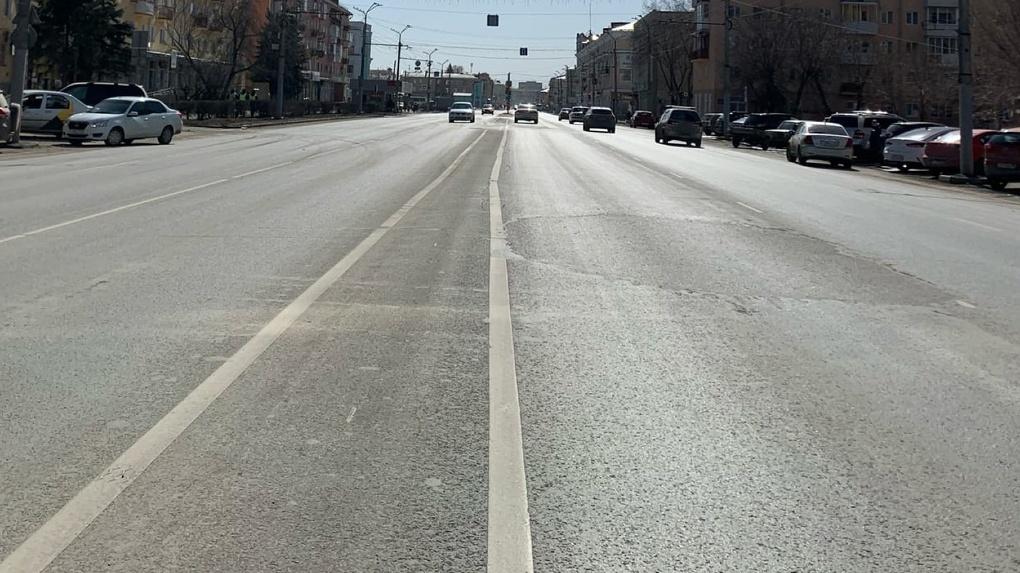 Стало известно, какие улицы Омска дезинфицировали на минувших выходных
