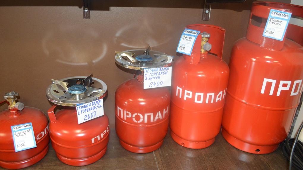 Третий случай за месяц: в доме приемной семьи в Омской области взорвался газовый баллон