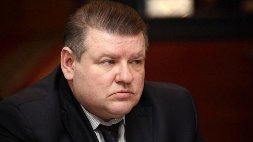 Пустившегося в бега чиновника омской мэрии будут судить