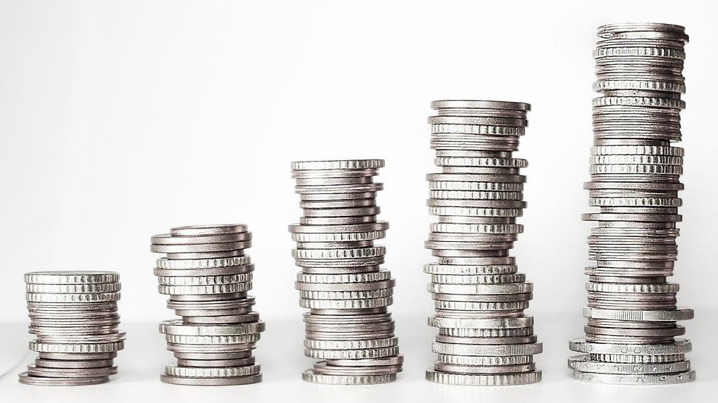 Альфа-Банк добавит 1000 рублей к каждой госвыплате для школьников