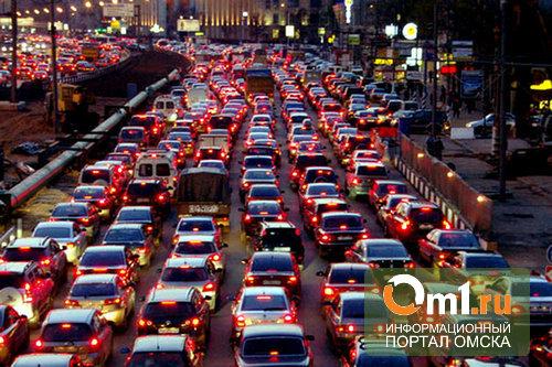 Омичи за год купили 40 000 авто, самолетов и вертолетов