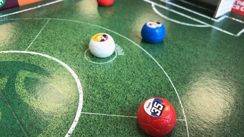 Болеть за любимые сборные интереснее с динамичными мячами