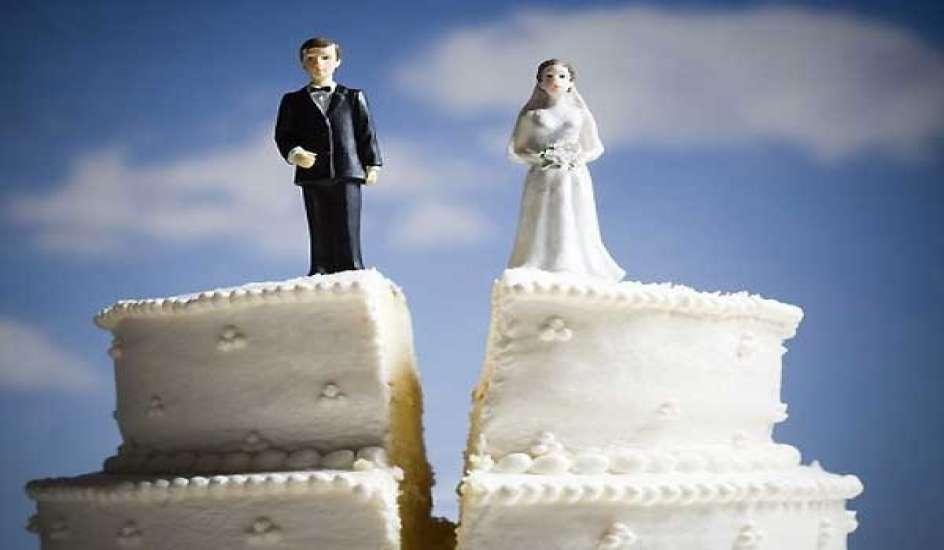 В Омске на шесть браков приходится четыре развода