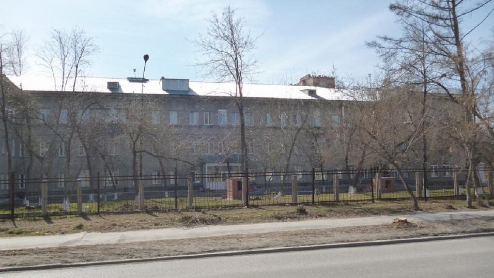 В Новосибирске назначили нового заведующего туберкулёзной больницы, где медики издевались над детьми