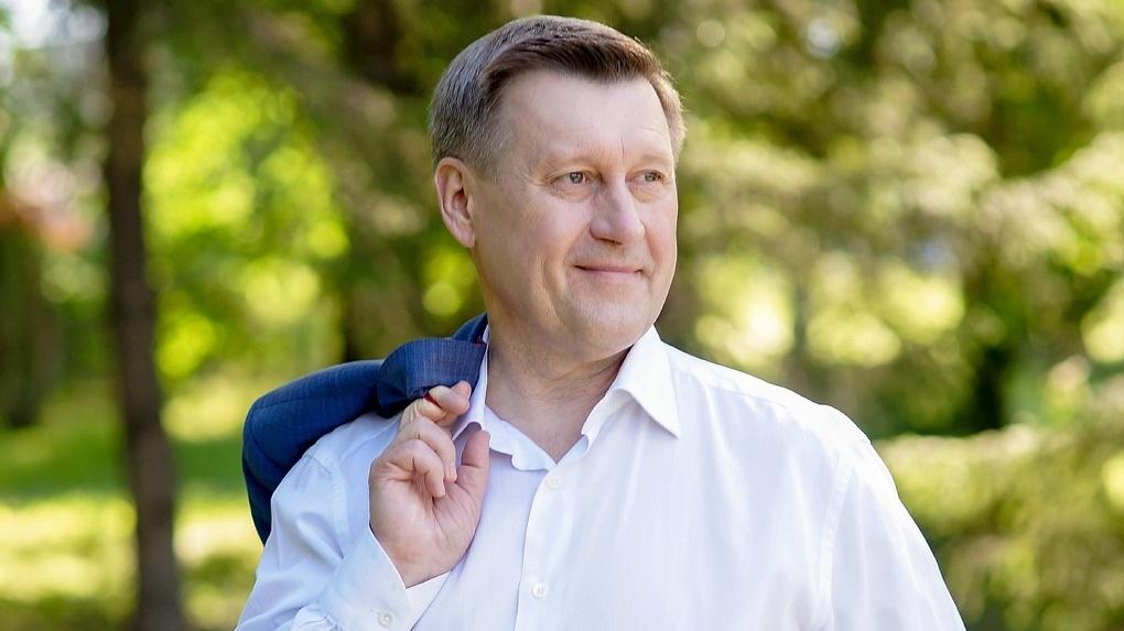 Мэр Новосибирска прокомментировал скандал с разрушающейся новосибирской школой