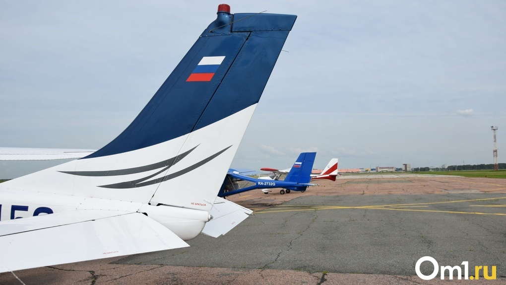 В омском аэропорту застряли 26 граждан Казахстана