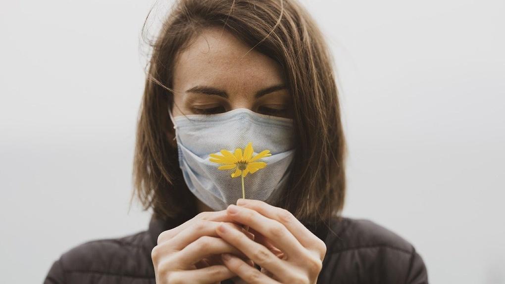 Среди новых заболевших коронавирусом в России больше трети не имеют симптомов