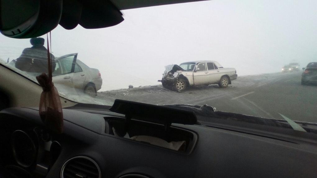 В Омске разыскивают свидетелей или видео с регистратора прошлогодней аварии