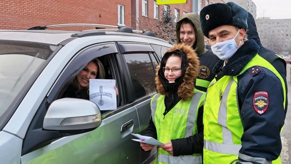 Новосибирские водители написали письмо Деду Морозу