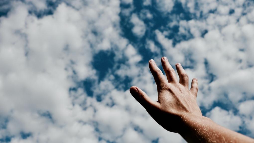 Прочитают молебен на небесах. Омское духовенство планирует воздушный крестный ход против коронавируса