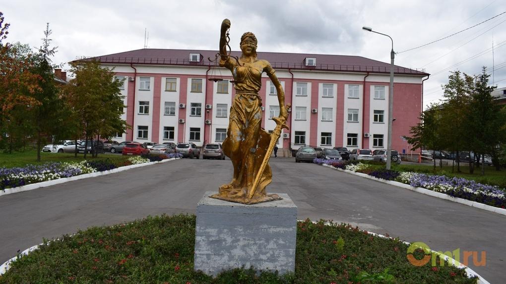 В Омске направлено в суд первое дело о банде «черных лесорубов» из Тары