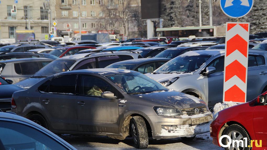 Из-за пандемии новосибирцы стали реже пользоваться платными парковками