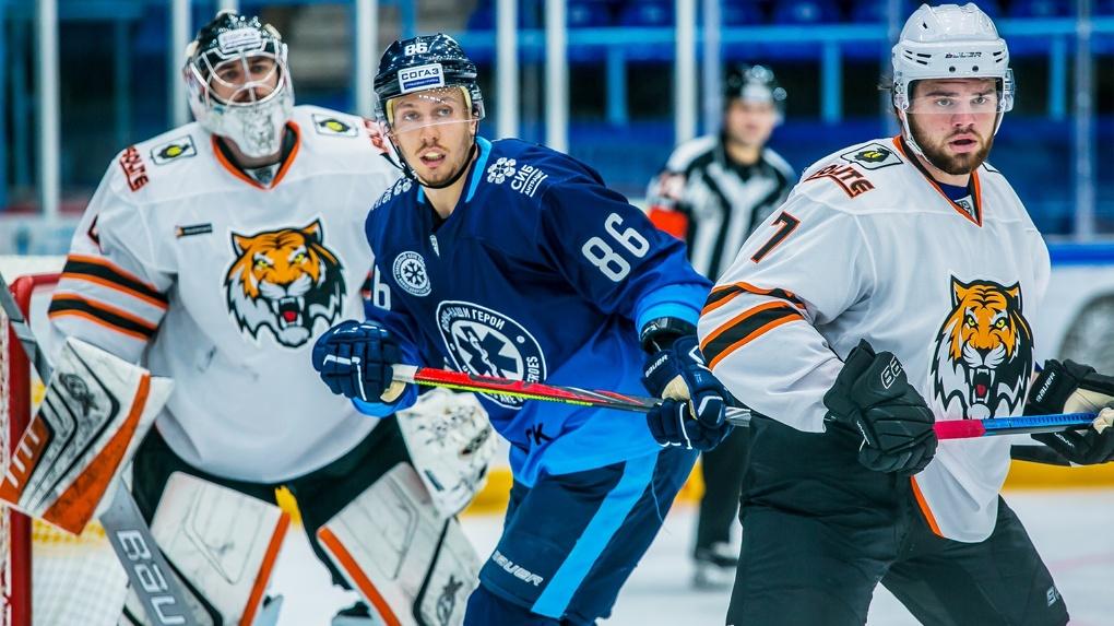 ХК «Сибирь» потерпела поражение от «Амура» в первом матче после карантина