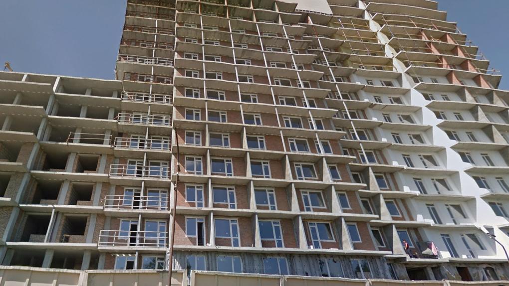 Дольщики новосибирских долгостроев на Тульской получат квартиры в новых домах и региональную субсидию