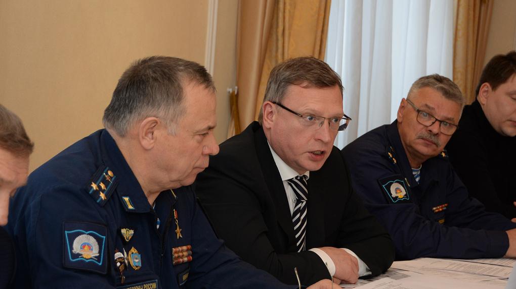 Бурков посетил попечительский совет Омского кадетского корпуса