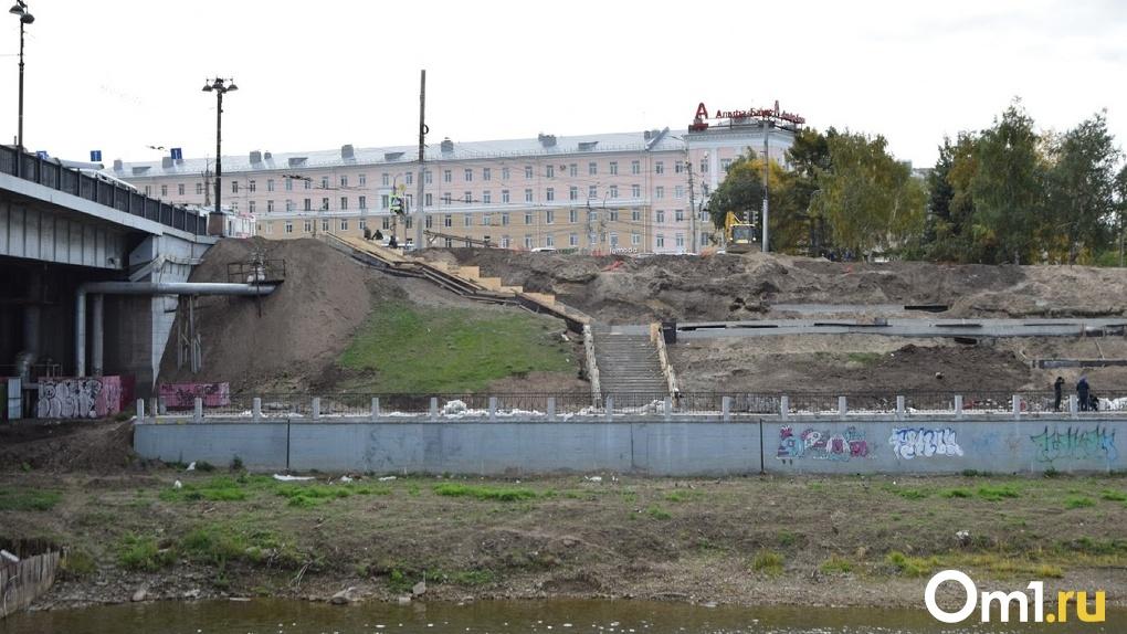 «Работы ведут по слою 18 века». Выяснились подробности скандала с реконструкцией набережной в Омске