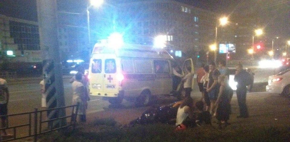 Сбитый вчера мотоциклом 41-летний житель Омска попал в больницу