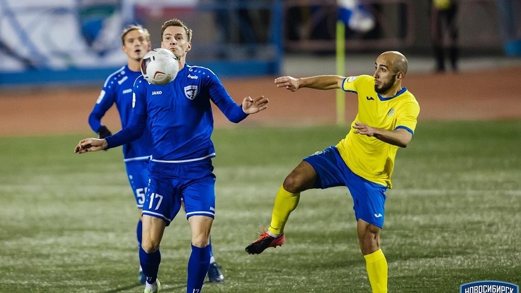 Футбольный «Новосибирск» удерживает первенство в турнирной таблице ПФЛ