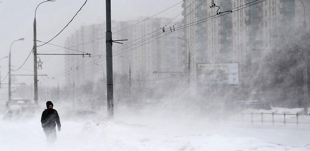 Синоптики объявили штормовое предупреждение по Омской области