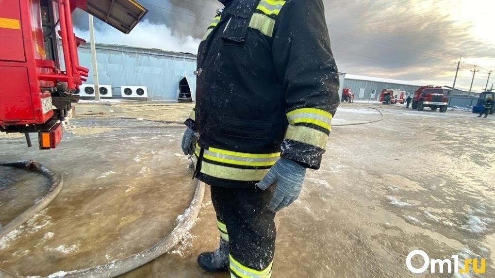 «На сигнализацию никто не реагировал». Пациенты рассказали подробности пожара в омской больнице
