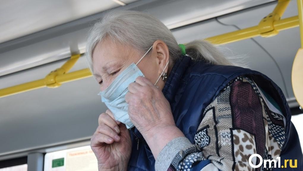 В регионе за неделю коронавирусом заболело 164 пожилых омича