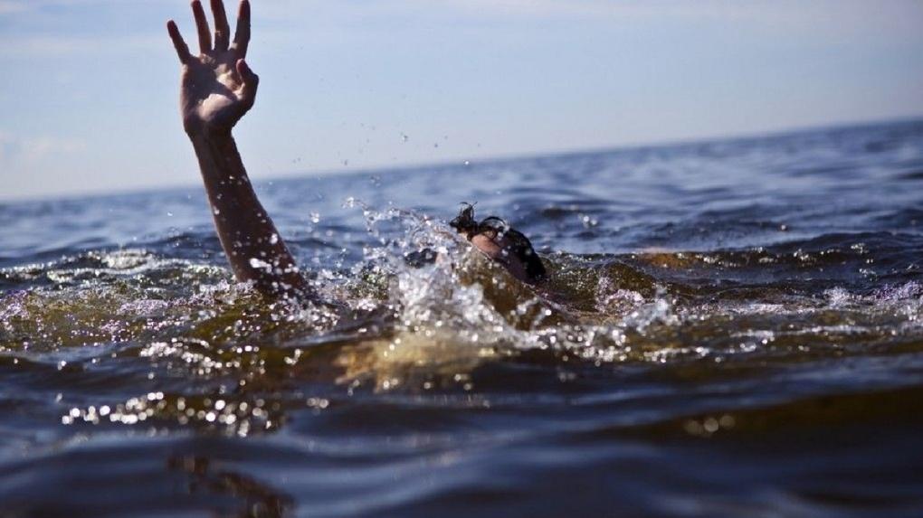 Попал в собственные сети: новосибирец запутался в ловушке и утонул