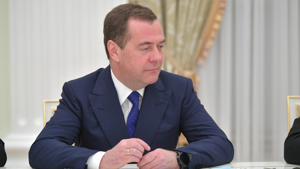 Новая угроза? Медведев беспокоится о бубонной чуме на границах России