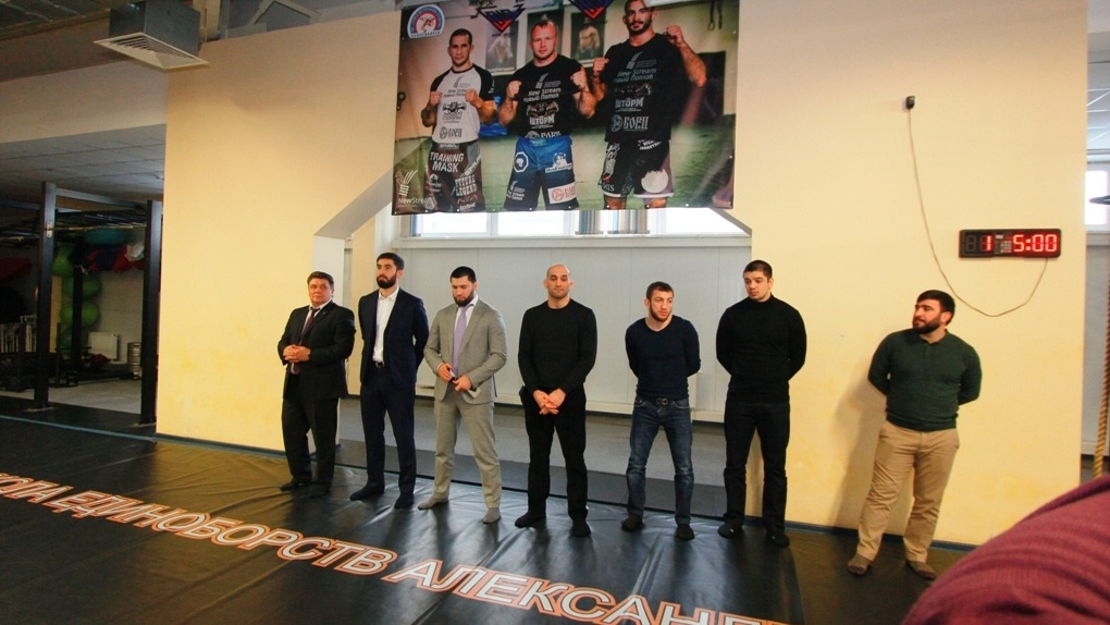 Впервые в Омске пройдет турнир по ММА